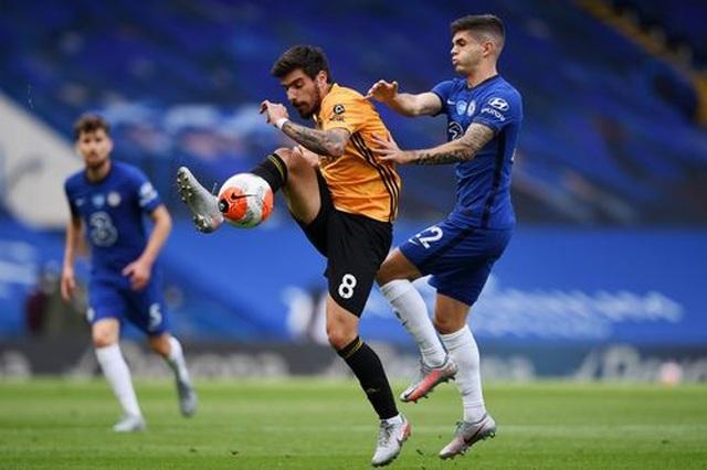 Chelsea 2-0 Wolves: Những cú đánh nhanh gọn - 11