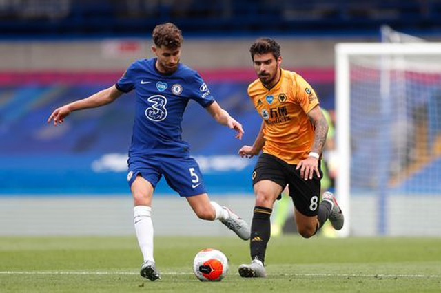 Chelsea 2-0 Wolves: Những cú đánh nhanh gọn - 10
