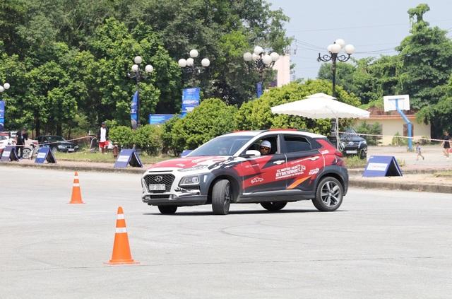 Giải ô tô thể thao Gymkhana Ninh Bình 2020 đã tìm được nhà vô địch - 3