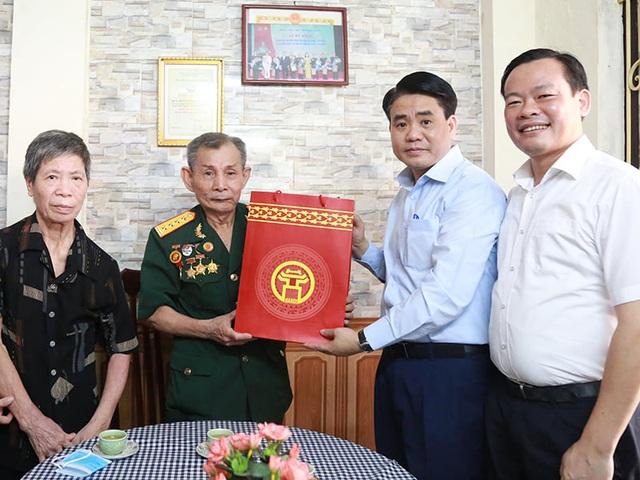 Chủ tịch Hà Nội Nguyễn Đức Chung tri ân người có công - 1