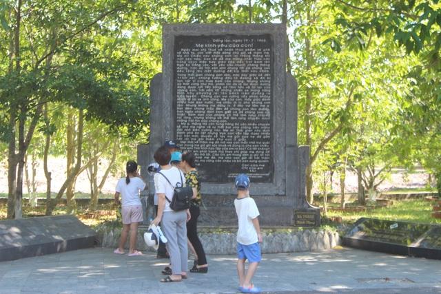 Tháng 7 ở Ngã Ba Đồng Lộc - 15