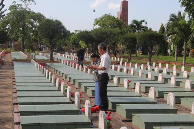 Phú Yên: Tổ chức giỗ chung cho hơn 6.000 liệt sĩ - 6