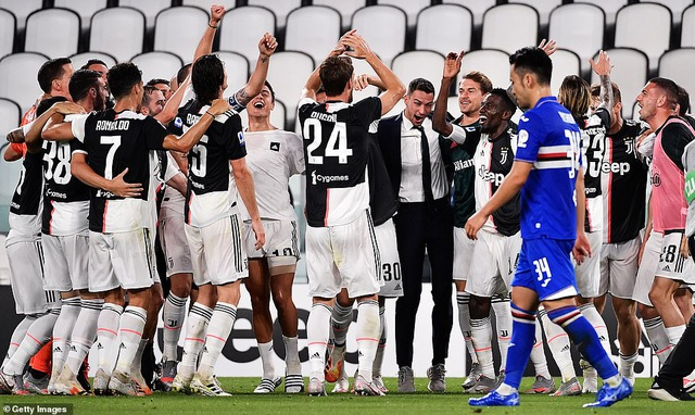 C.Ronaldo lập công, Juventus chính thức vô địch Serie A - 2