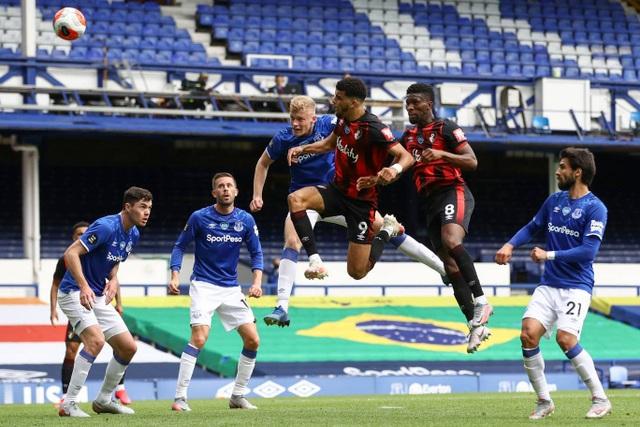 Liverpool lần đầu vô địch Premier League, Man Utd hoàn thành nhiệm vụ - 3