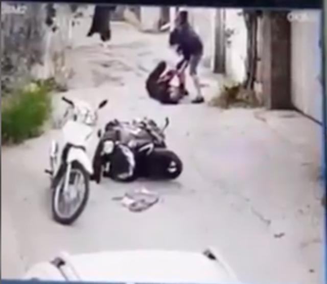 Trích xuất camera xác định hung thủ sát hại người phụ nữ đi đường - 4