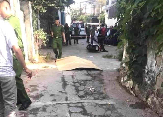 Trên đường đi chợ, người phụ nữ bị đâm tử vong - 1