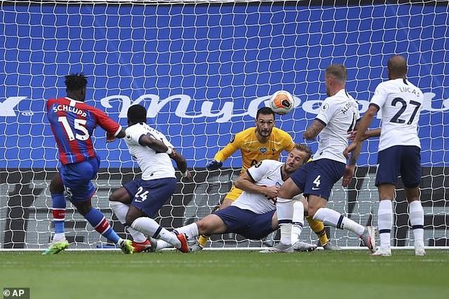 Lách qua khe cửa hẹp, Tottenham giành vé dự Europa League - 5