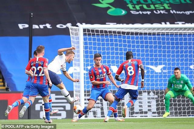 Lách qua khe cửa hẹp, Tottenham giành vé dự Europa League - 1