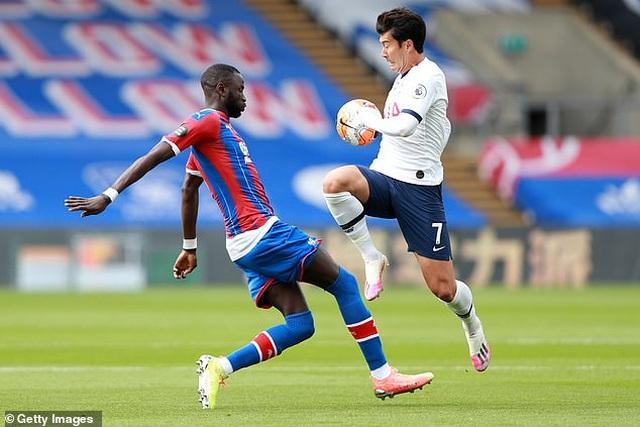 Lách qua khe cửa hẹp, Tottenham giành vé dự Europa League - 3