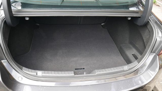 So sánh Mazda 3 Hatchback và Sedan 2020 - Xe nào có cốp rộng hơn? - 3