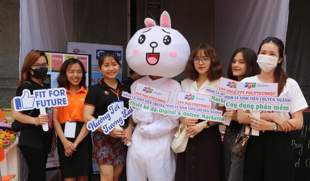 Ngày hội việc làm FPT Polytechnic Tây Nguyên: Cơ hội việc làm ngay từ trên ghế nhà trường - 4