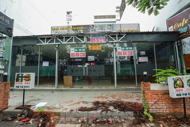 Nhà phố tiền tỷ thi nhau đóng cửa, treo biển cho thuê ở trung tâm Sài Gòn - 25