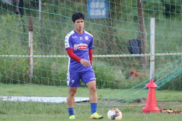 Công Phượng và đồng đội vượt qua cú sốc chia tay HLV Chung Hae Seong - 7