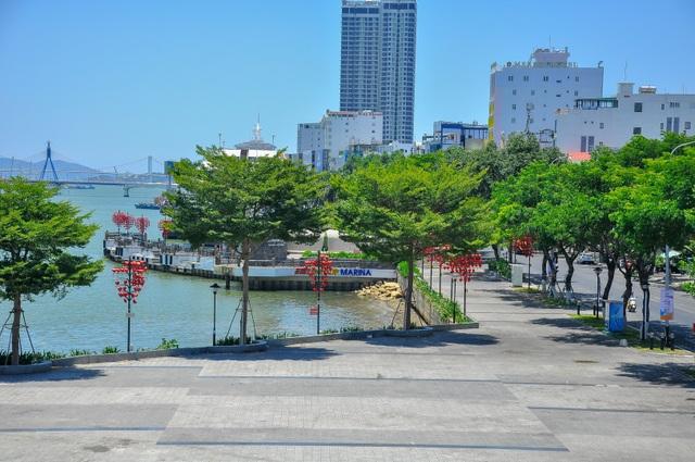 Phòng dịch Covid-19: Đà Nẵng cấm tắm biển - 13