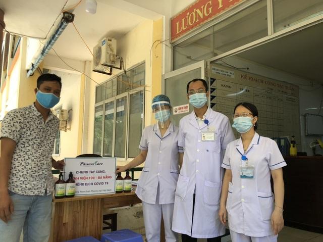 Cùng Đà Nẵng đẩy lùi Covid -19, doanh nghiệp Dược tặng 5000 rửa tay khô Plasma Bạc - 1