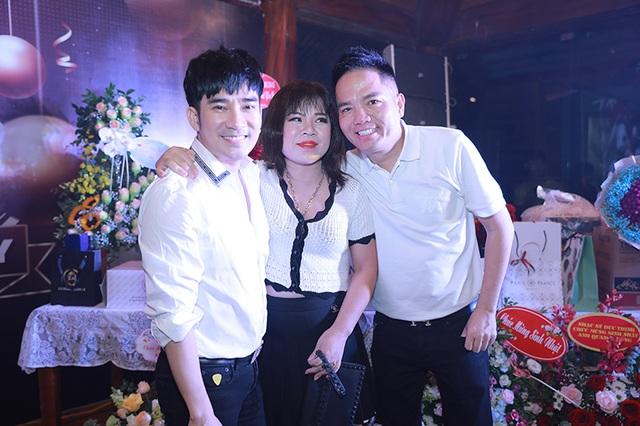 """Quang Hà tổ chức tiệc sinh nhật cho """"ông bầu"""" Quang Cường - 5"""