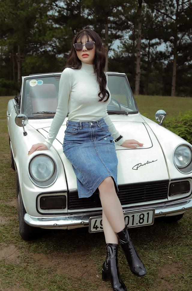 Á quân Tình Bolero Lily Chen bất ngờ hát ballad - 1