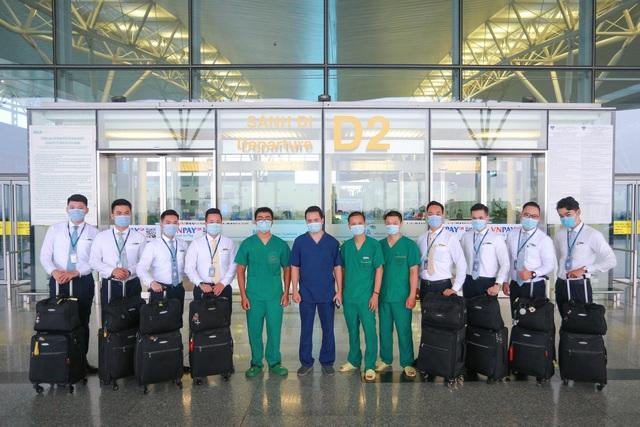 Chuyện chưa kể về chuyến bay đặc biệt chở 120 người Việt mắc Covid-19 - 5