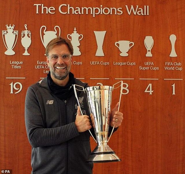 Alex Ferguson chúc mừng đồng nghiệp Klopp giành giải HLV hay nhất năm - 4