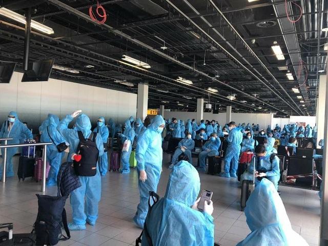 Máy bay lên đường tới Guinea Xích đạo giải cứu người Việt nhiễm Covid-19 - 2
