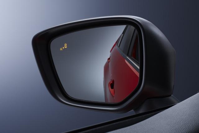 Outlander 2020 thêm công nghệ để đấu Honda CR-V sắp ra mắt - 2