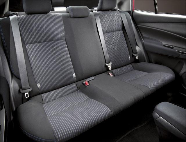 Toyota Vios 2021 có gì mới để duy trì ngôi vương trước Accent, City? - 7