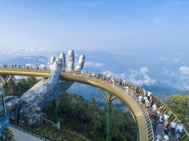 Nhiều khách sạn ở Đà Nẵng tự nguyện giảm giá phòng, hỗ trợ khách mắc kẹt - 1