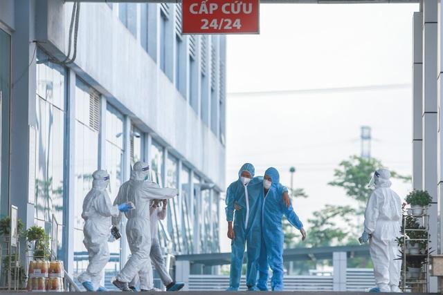Cụ ông mắc Covid-19 ở Hà Nội bị tổn thương phổi, nhiễm khuẩn huyết - 3