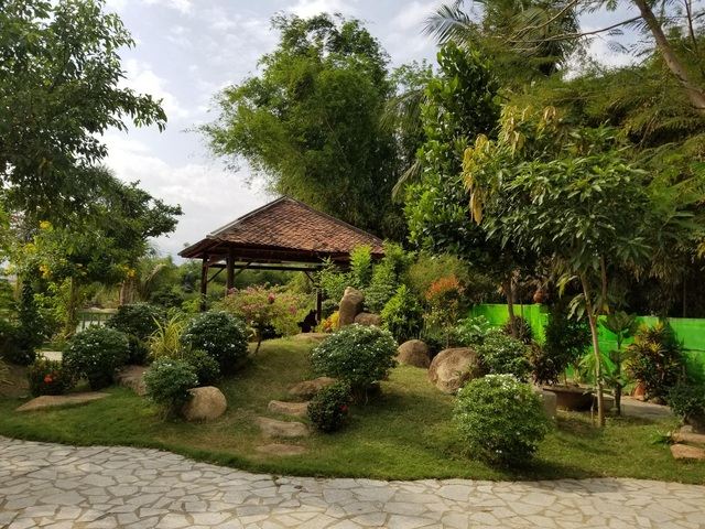 """Choáng ngợp """"biệt phủ"""" gỗ hoành tráng rộng 1300m2 ở Nha Trang - 6"""