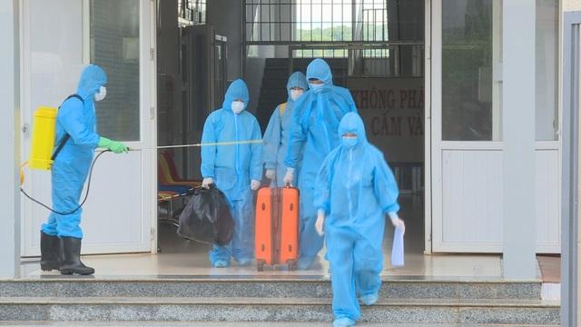 Triệu tập 3 người bịa đặt lịch trình của ca nhiễm Covid-19 ở Đắk Lắk - 2