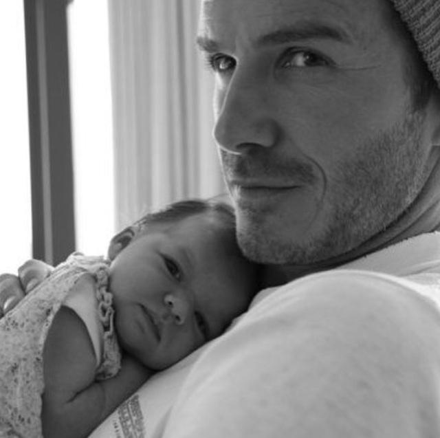 """""""Công chúa nhà Beckham"""" đã lớn và biết làm điệu như thế này... - 7"""