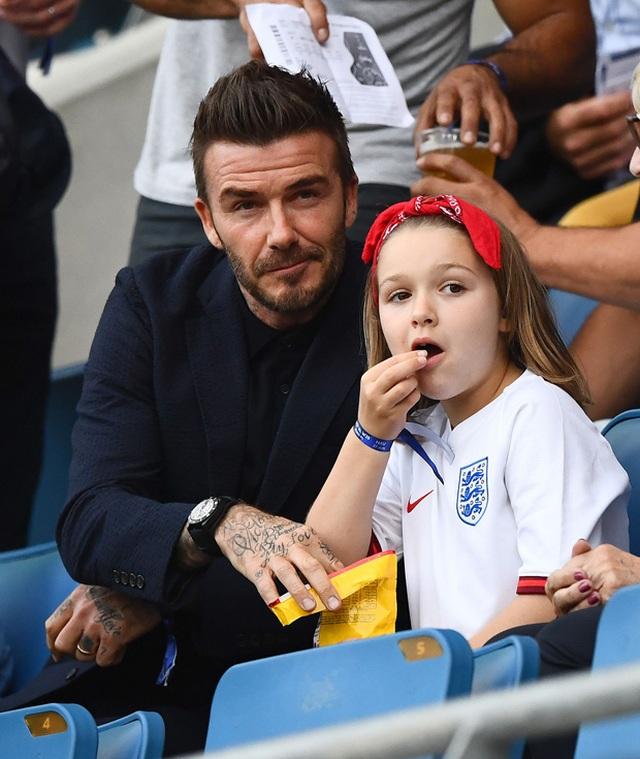 """""""Công chúa nhà Beckham"""" đã lớn và biết làm điệu như thế này... - 15"""