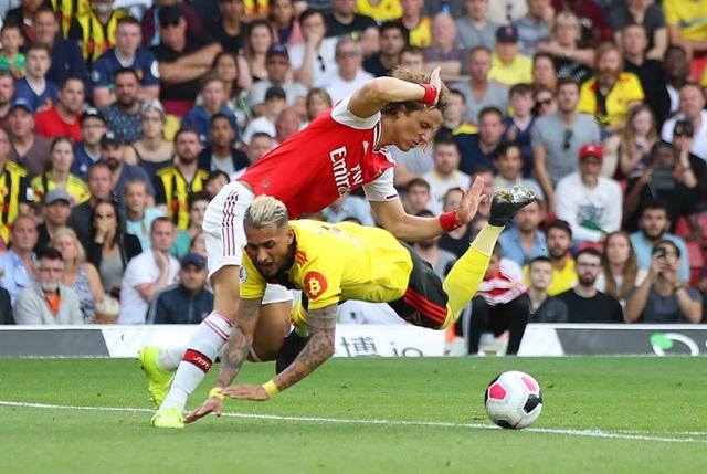 De Gea và những ngôi sao gây thất vọng nhất Premier League - 2