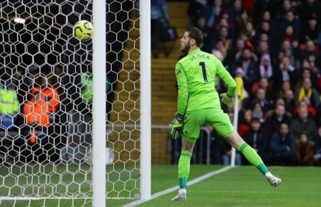 De Gea và những ngôi sao gây thất vọng nhất Premier League - 1