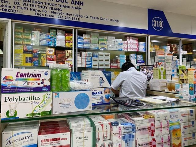 Giá khẩu trang tăng vùn vụt sau công bố người nhiễm Covid-19 tại Hà Nội - 2