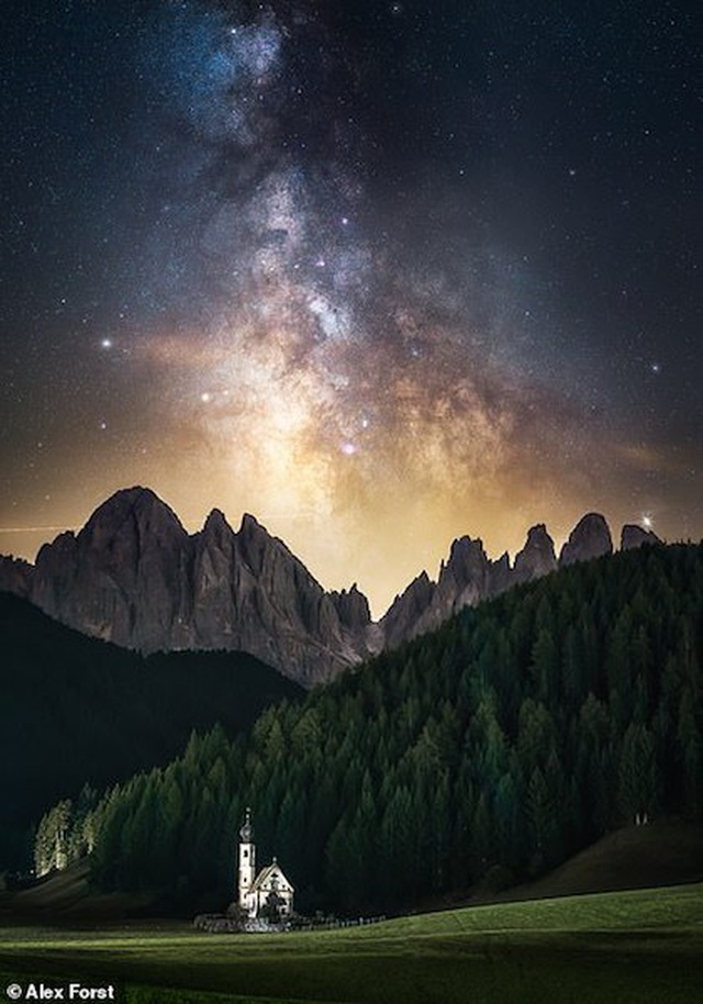 Mê hoặc với bộ ảnh lãng mạn về bầu trời lấp lánh sao đêm ở châu Âu - 6