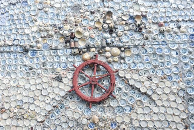 Độc nhất vô nhị ngôi nhà gắn hơn 10.000 bát, đĩa cổ ở Vĩnh Phúc - 10