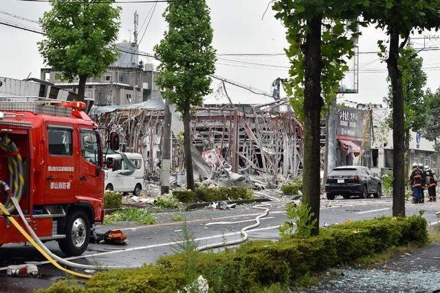 Nổ lớn san bằng một nhà hàng khiến ít nhất 1 người thiệt mạng - 2