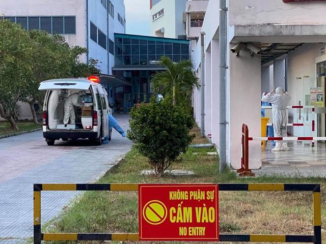 Bệnh nhân 4 lần âm tính không thể xuất viện vì cả nhà vẫn bị phong tỏa - 1