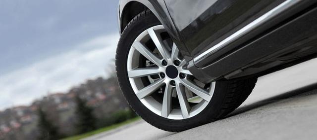 Vì sao xe chạy điện cần loại lốp đặc biệt?
