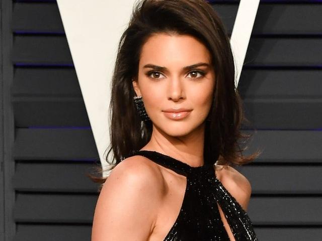 Kendall Jenner: Nhan sắc kiêu sa nhất trong các chị em nhà Kardashian - 3
