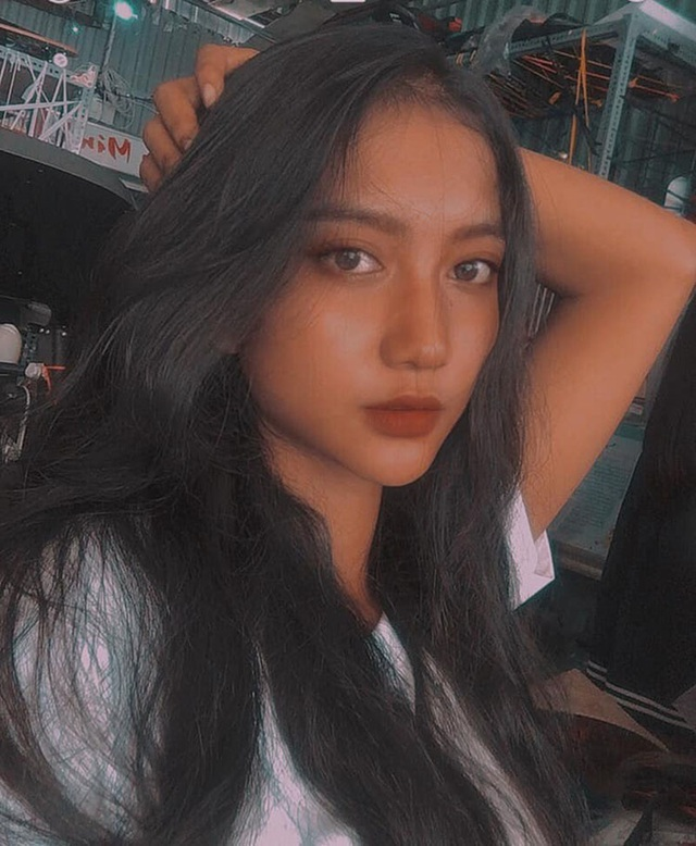"""Thiếu nữ Khmer """"nổi như cồn"""" với làn da bánh mật cuốn hút - 4"""