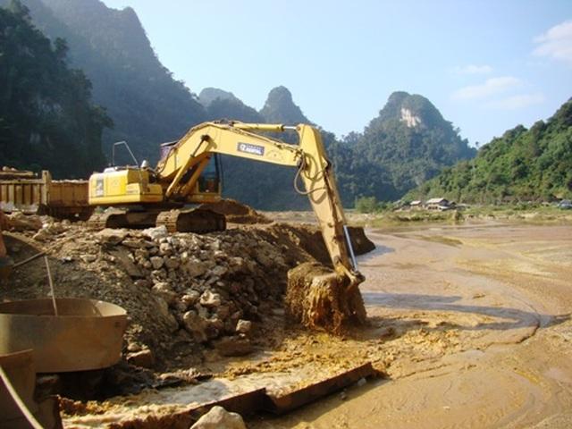 Hàng loạt sai phạm trong khai thác khoáng sản ở Bắc Kạn, Lai Châu - 1