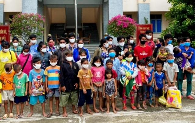 41 người dùng 8 xuồng máy nhập cảnh trái phép vào Việt Nam - 1