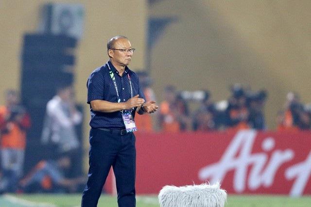 Viễn cảnh đội tuyển Việt Nam không thi đấu trong năm 2020 - 2