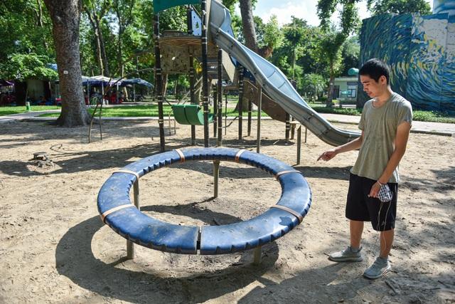 Những trò chơi cũ kỹ, xuống cấp trong Công viên Thống Nhất - 10