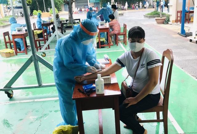 Đà Nẵng thành lập bệnh viện dã chiến, mở rộng xét nghiệm Covid-19 cộng đồng - 2