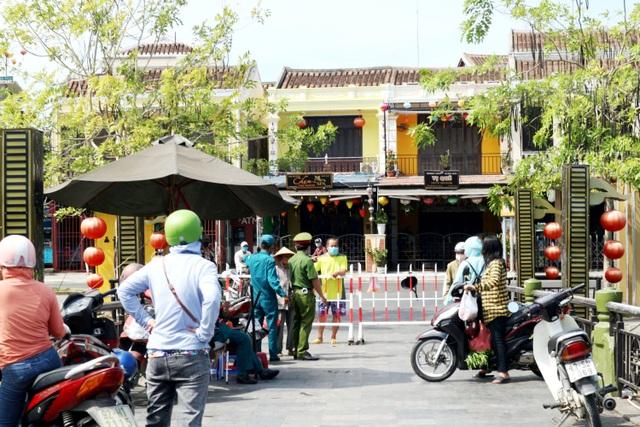 Bệnh nhân Covid-19 ở Quảng Nam tiếp xúc nhiều người trong đám tang của mẹ - 2