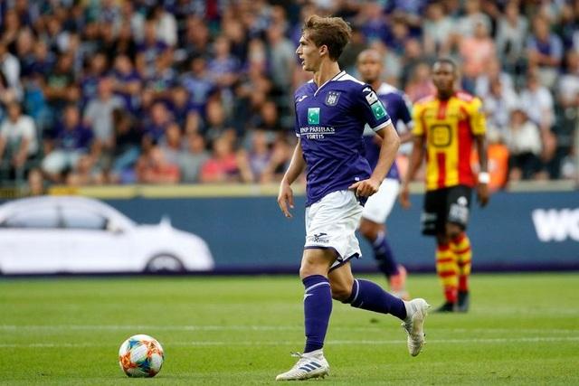 CLB Heerenveen công bố cầu thủ thay chỗ Văn Hậu - 1