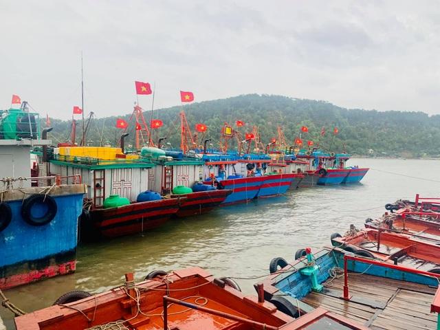 Nghệ An, Thanh Hóa di dời dân trước bão, phòng chống dịch tại nơi sơ tán - 8